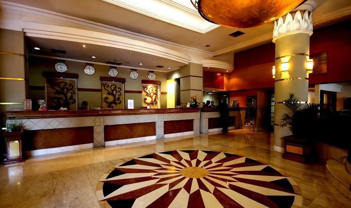 Hotel Maharadja Jakarta - Lobby Area