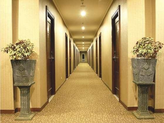 Lorin Hotel Sentul Bogor - Koridor