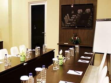 Lorin Hotel Sentul Bogor - Ruang Rapat