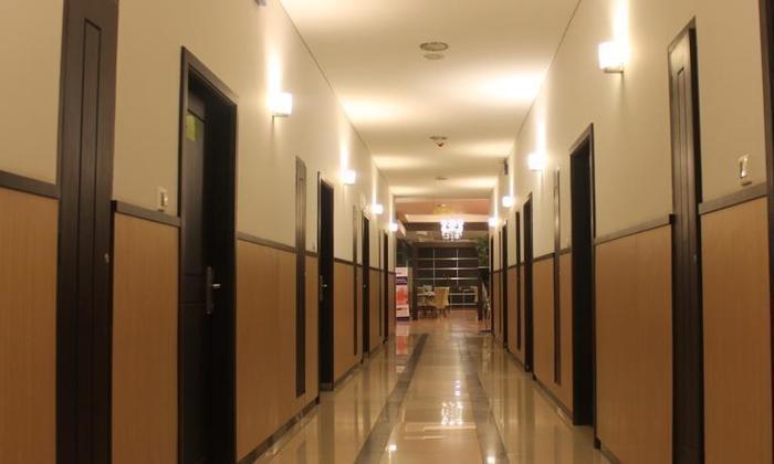 Hotel Zahra Kendari - Koridor