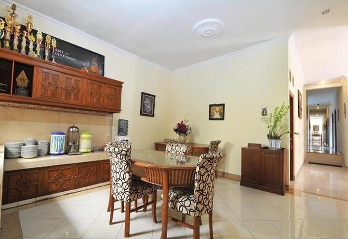 Balecatur Inn Yogyakarta - Ruang makan