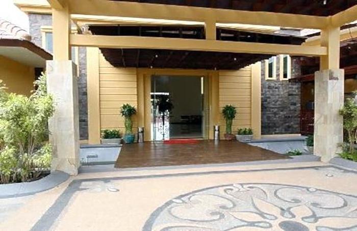 The Star Hill Boutique Hotel Balikpapan - Tampilan Luar Hotel