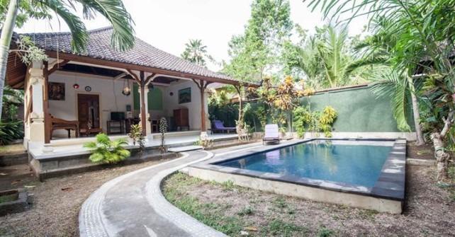 Mahalini 3 Bali - kolam renang