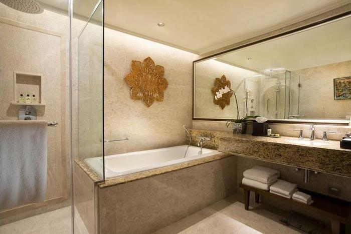 InterContinental Bali - Bathroom