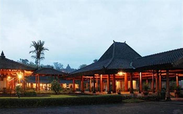 Hotel Manohara Magelang - Featured Image