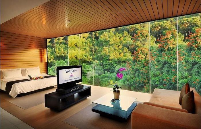 Padma Hotel Bandung - Lobby Sitting Area