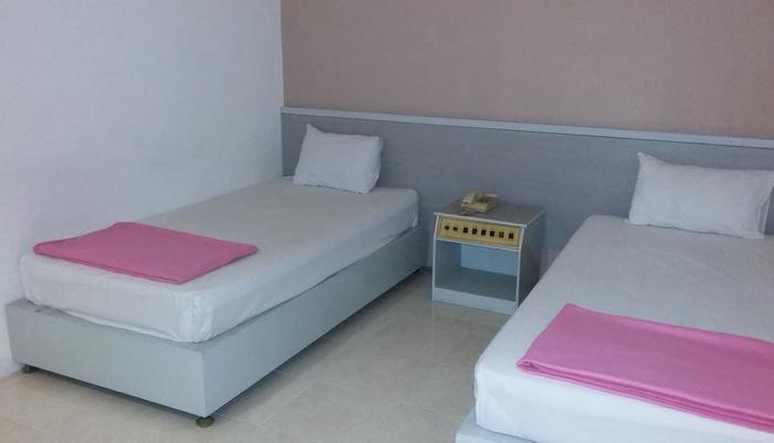 Hotel Kharisma 2 Madiun Madiun - Kamar Business