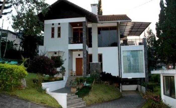 Villa Gerbera II Istana Bunga Lembang Bandung - Eksterior