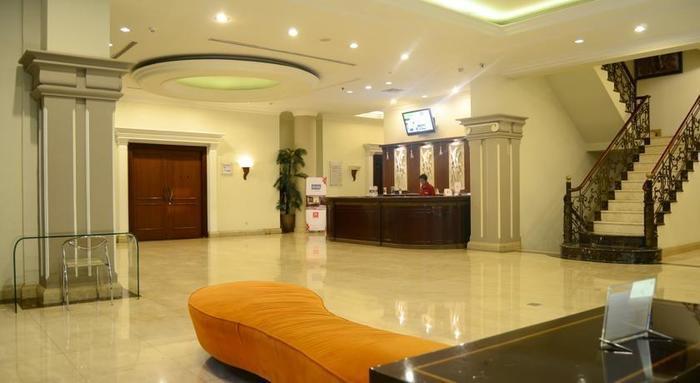 M Regency Makassar - Lobby