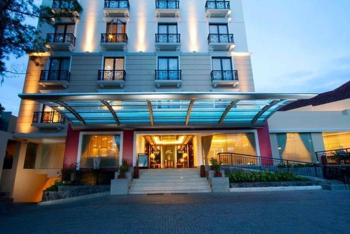 Asmila Hotel Bandung - Building