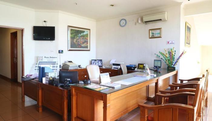 Hotel 678 Cawang - Reception
