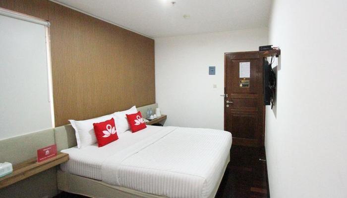 ZenRooms Petojo Jakarta - Keseluruhan