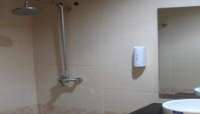 Kaliban Hotel Batam - Kamar mandi