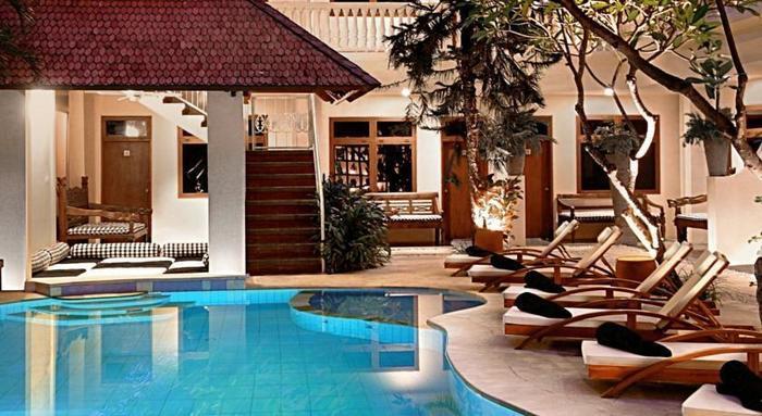 Wida Hotel Bali - Pemandangan Kolam