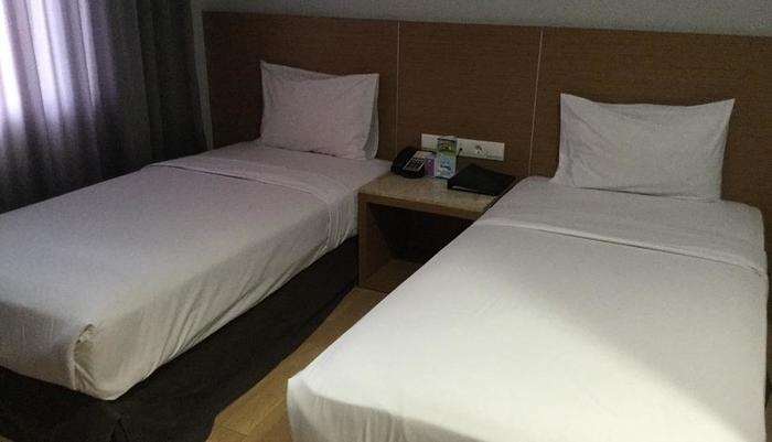 Hotel Astoria Bandar Lampung - Superior