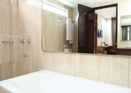 Hotel Astoria Bandar Lampung - Kamar mandi