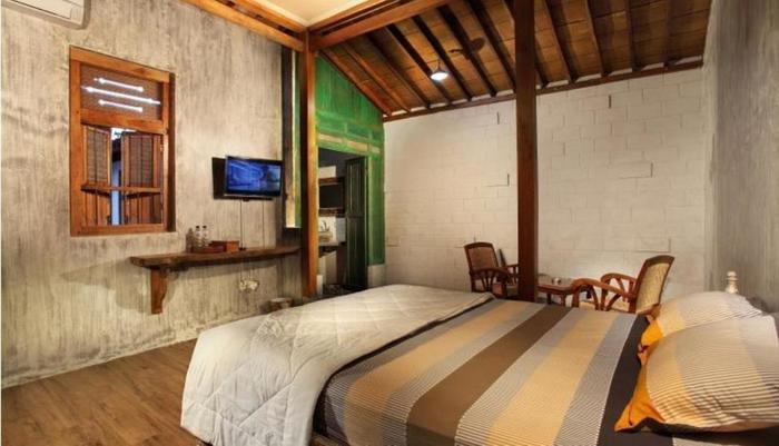Ndalem MJ Homestay Yogyakarta - Kamar tamu