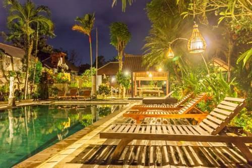 NIDA Rooms Ubud Bali Monkey Forest 1567 Bali - Kolam Renang