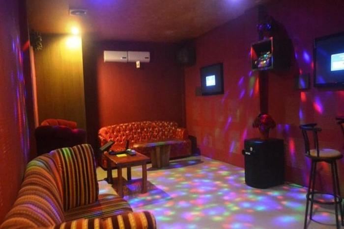 The Z Suites Hotel Medan - Ruang karaoke