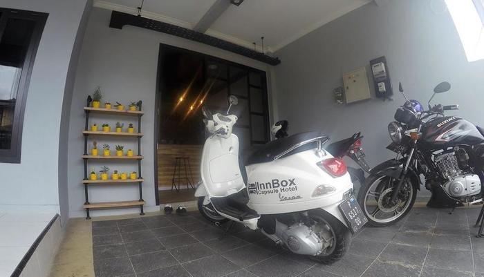 InnBox Capsule Hotel Jember -