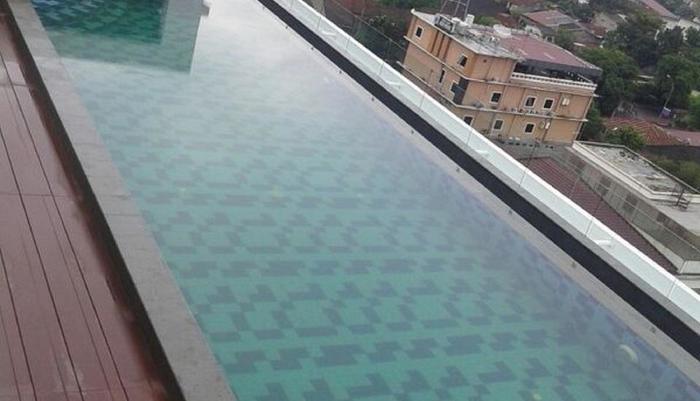 Saka Hotel Premiere by LA'RIZ Medan - Kolam Renang
