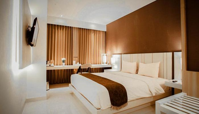 Saka Hotel Premiere by LA'RIZ Medan - Kamar Tamu