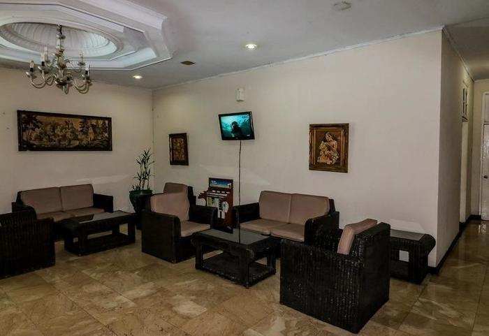 NIDA Rooms Bogor Jalan Pangrango 241 Bogor Utara - Ruang tamu