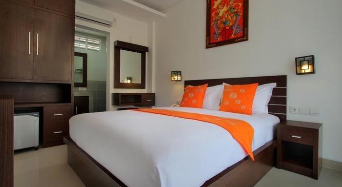 LOTUS Tirta Seminyak  Bali - Kamar tamu