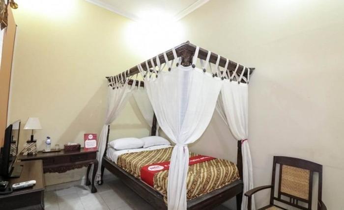 NIDA Rooms Sleman Monumen Monjali - Kamar tamu