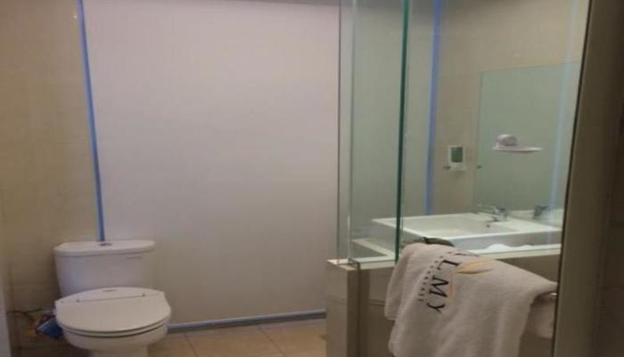 Palmy Hotel Berau - Kamar mandi