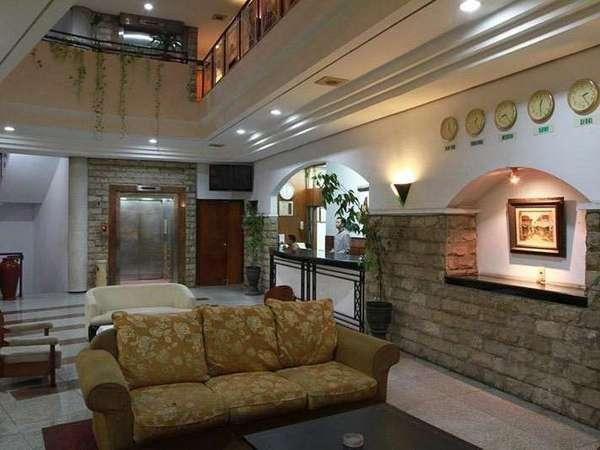 Hotel Grand Kalimas Surabaya - Lobi