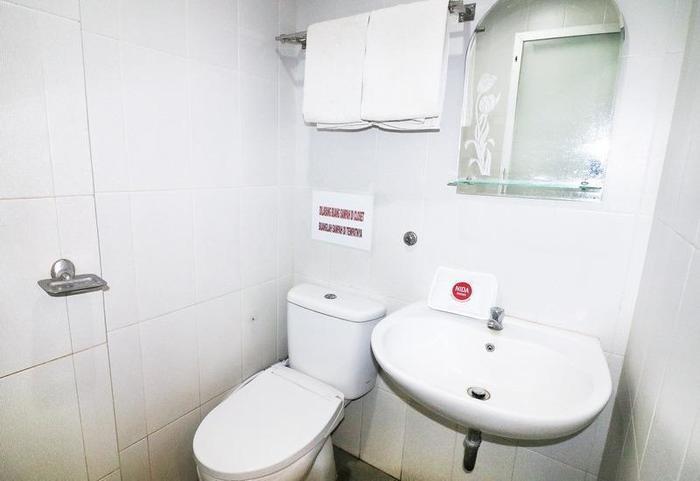 NIDA Rooms Sesirah 12 Medan Petisah - Kamar mandi