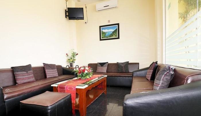 NIDA Rooms Sesirah 12 Medan Petisah - Ruang tamu