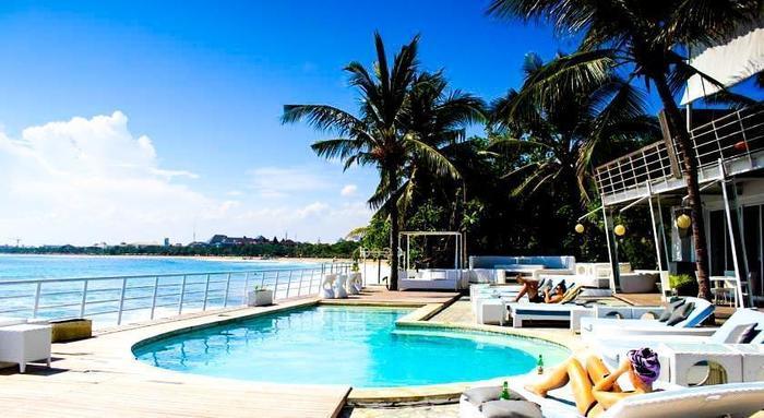 Home @36 Condotel Bali -  Kolam Renang