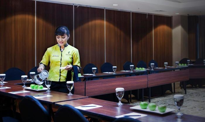 Grand Edge Hotel Semarang - Meeting Service