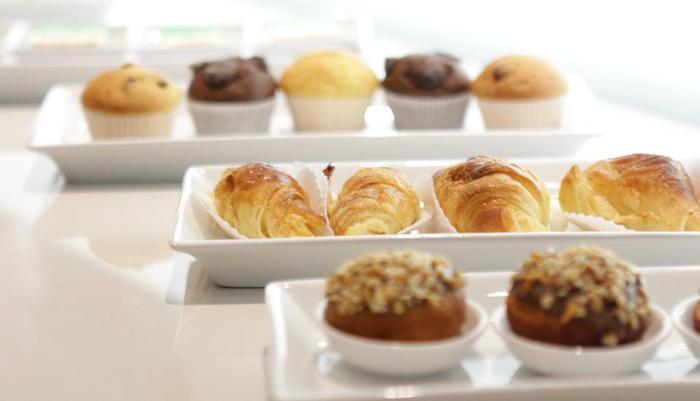 The Grantage Hotel & Sky Lounge Tangerang - pastri 1 breakfast