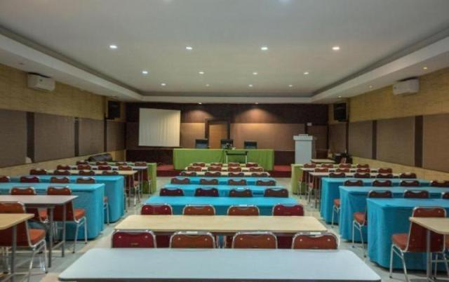 NIDA Rooms Airport Mall Makassar - Pemandangan Area