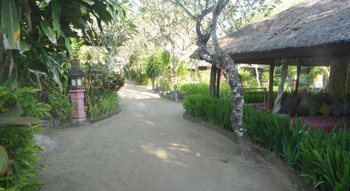 La Taverna Hotel Bali - Eksterior
