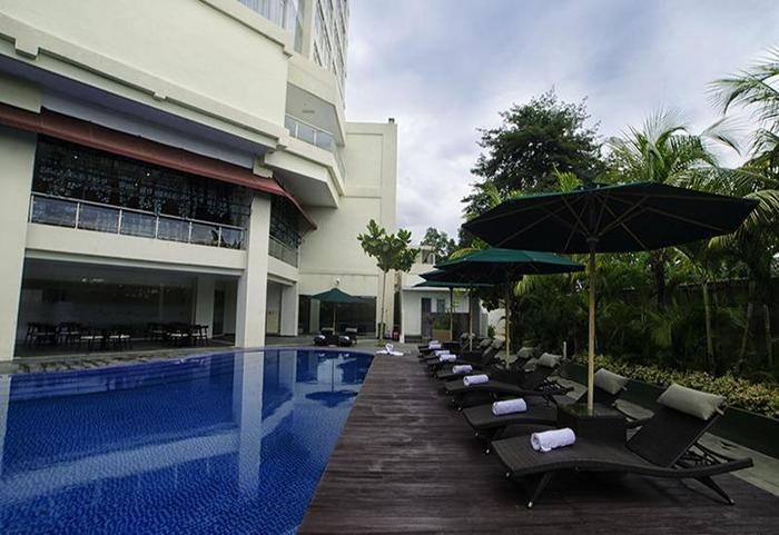 Swiss-Belhotel Lampung - Kolam Renang