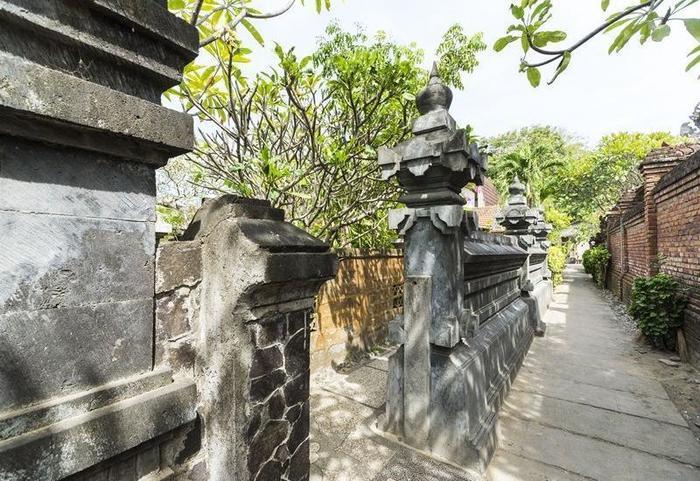 RedDoorz @ Sanur Bali Beach Bali - Eksterior
