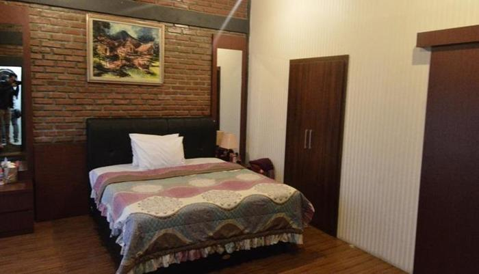 Villa Buleud Garut - Room