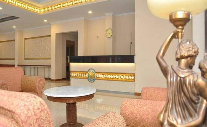The Amrani Syariah Hotel Solo - Lobi