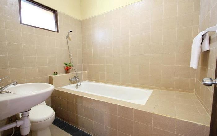 Martan Resort  Bali - Toilet