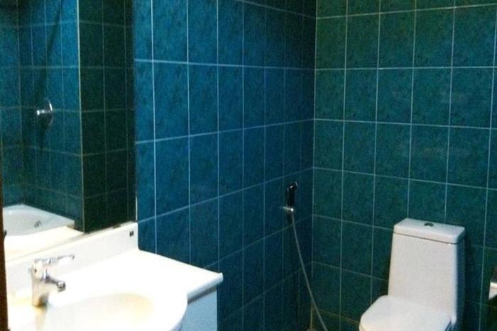 Athaya Hotel & Restaurant Kendari - Kamar mandi