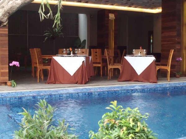 Ping Hotel Seminyak - Restoran