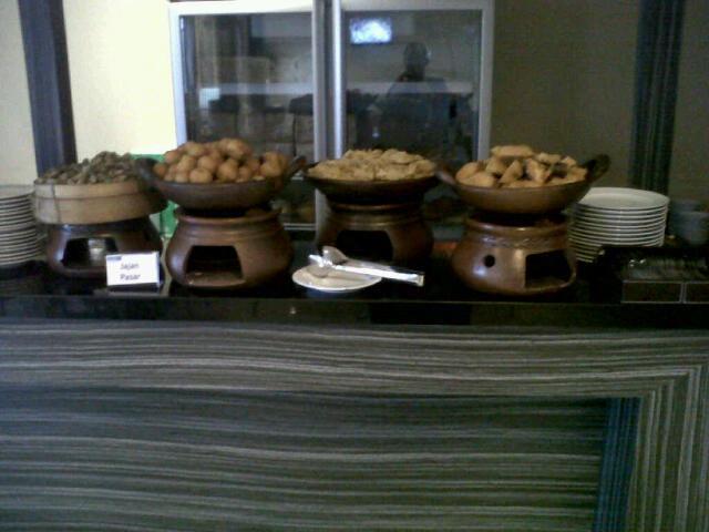 Hotel 88 Mangga Besar VIII Jakarta - Meals