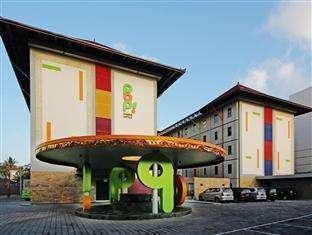 Pop Hotel Kuta - Tampak Luar