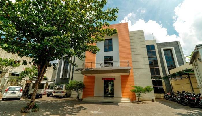 RedDoorz near Universitas Sebelas Maret Solo -