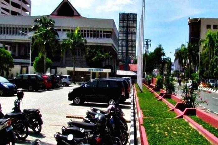 New Benakutai Balikpapan - Area Parkir