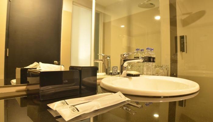 Neo Palma Palangkaraya - Bathroom